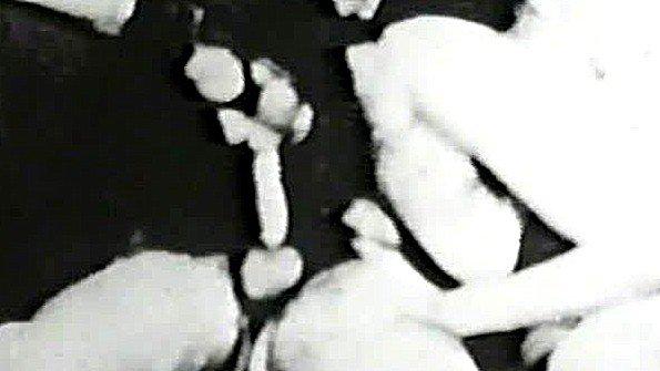 Подборка сурового ретро траха из 50-х годов прошлого века