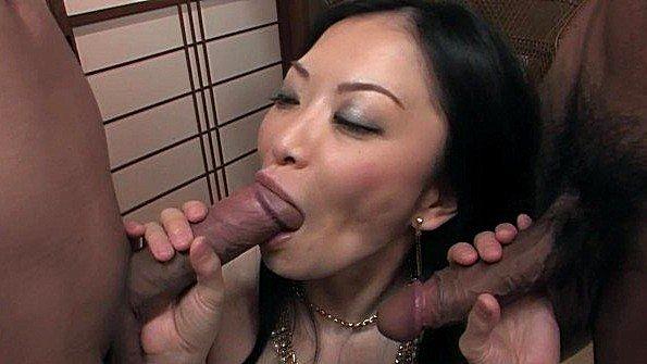 Японка готова люто поебаться с мужем и его другом в разных стилях