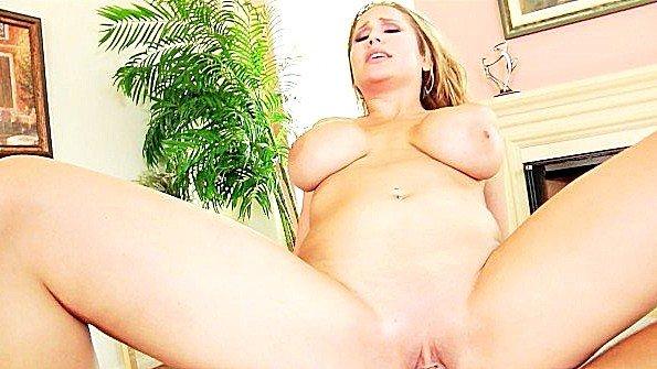 Порно подборка страстного спаривания с девицами с большими буферами